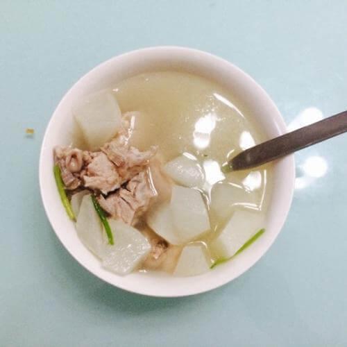 海贝白萝卜排骨汤