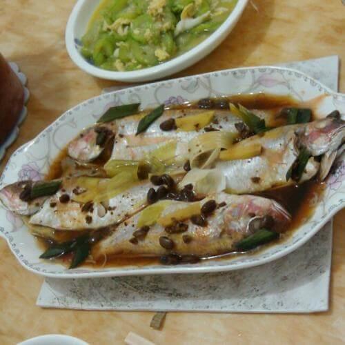 豆腐蒸金线鱼