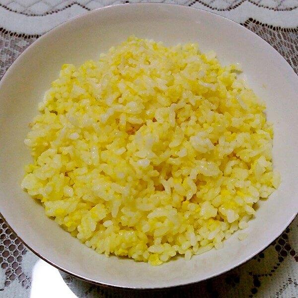 美味的黄金蛋炒饭
