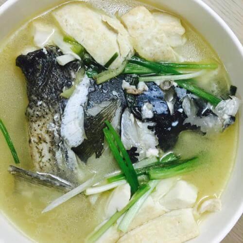 比目鱼头豆腐汤