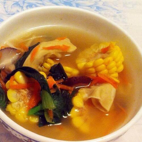 排骨杂蔬菜汤