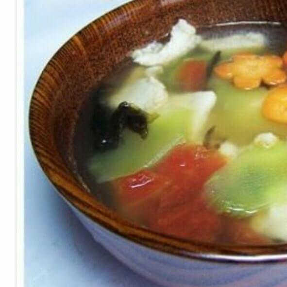 鸡片鲜笋汤