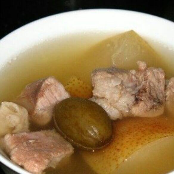 青橄榄雪梨猪肉汤