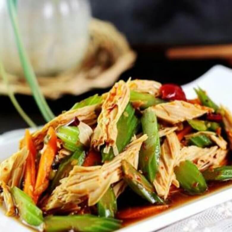 红油海米芹菜