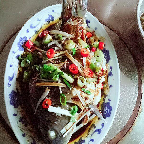 美味清蒸鲤鱼