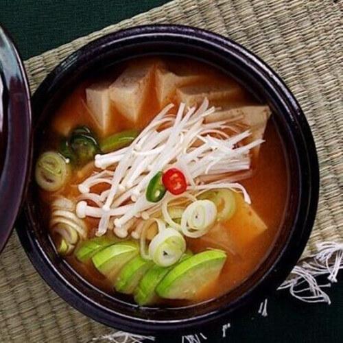 自制韩国大酱汤