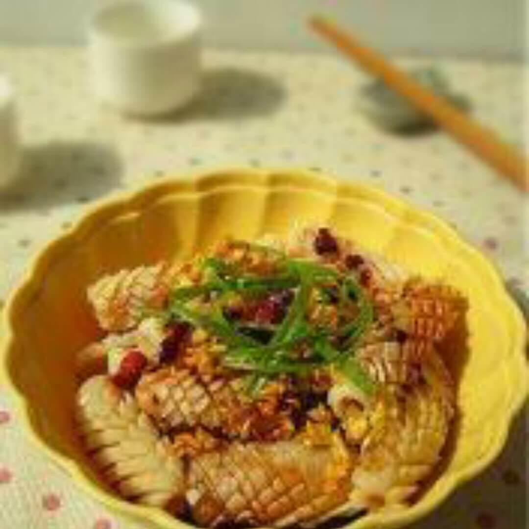 蒜香鱿鱼卷