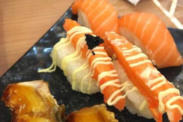 韩紫紫菜饭快餐加盟详情