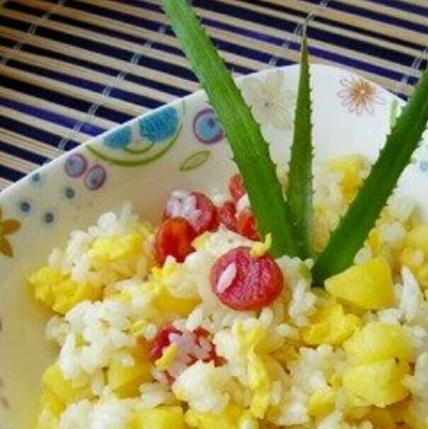 奶香菠萝饭