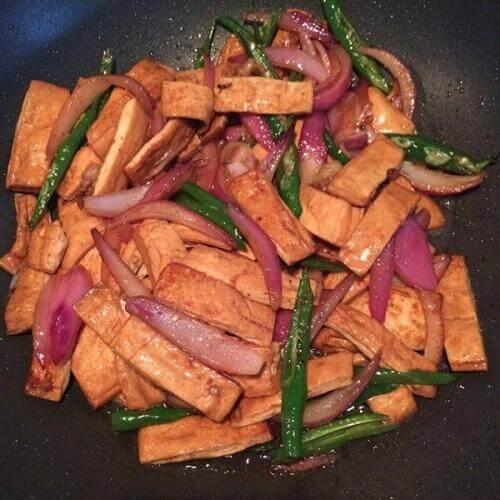 五花肉熏干干锅