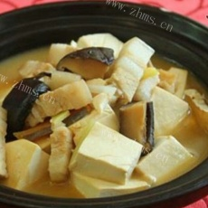 咸鱼炖豆腐