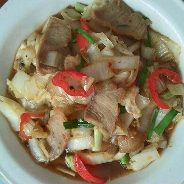 客家咸肉炒猪乸菜