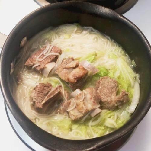 排骨香菇汤面