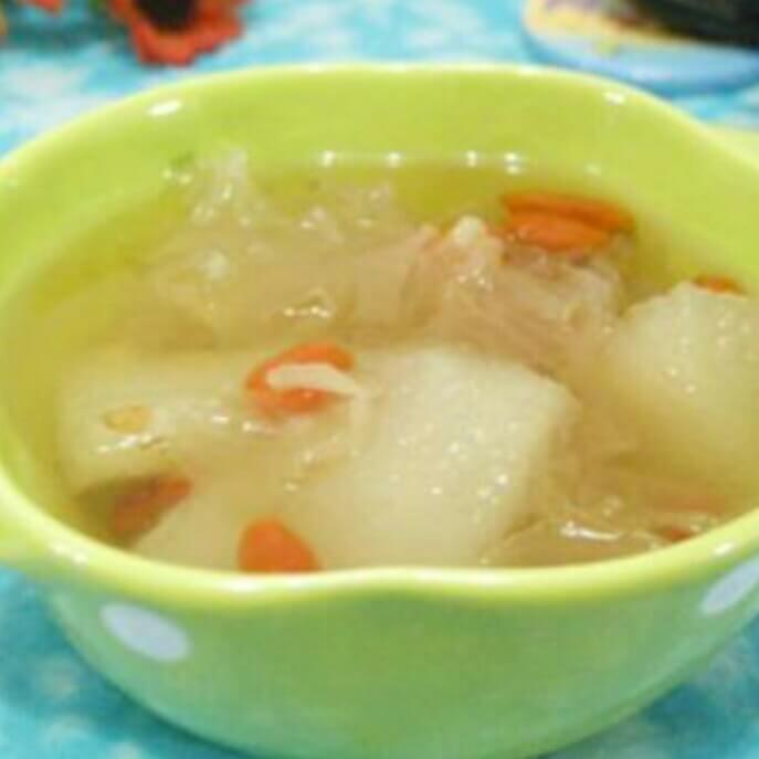 银耳雪梨猪手汤