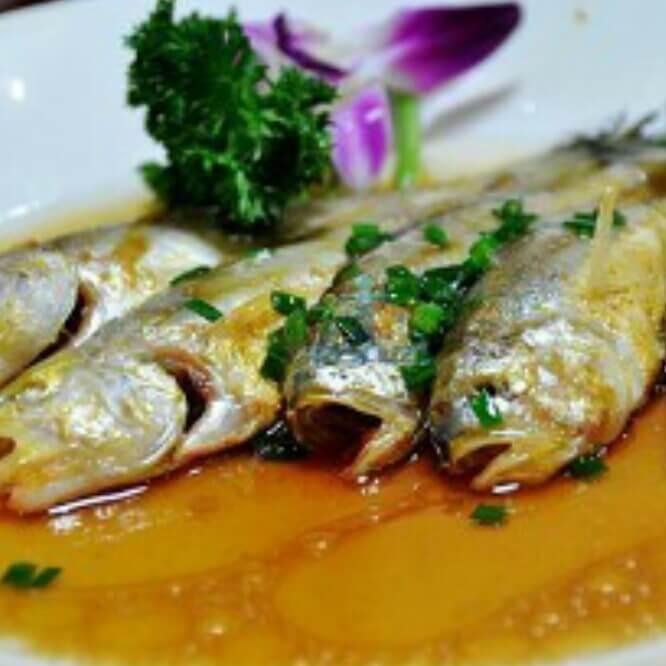 油煎板黄鱼