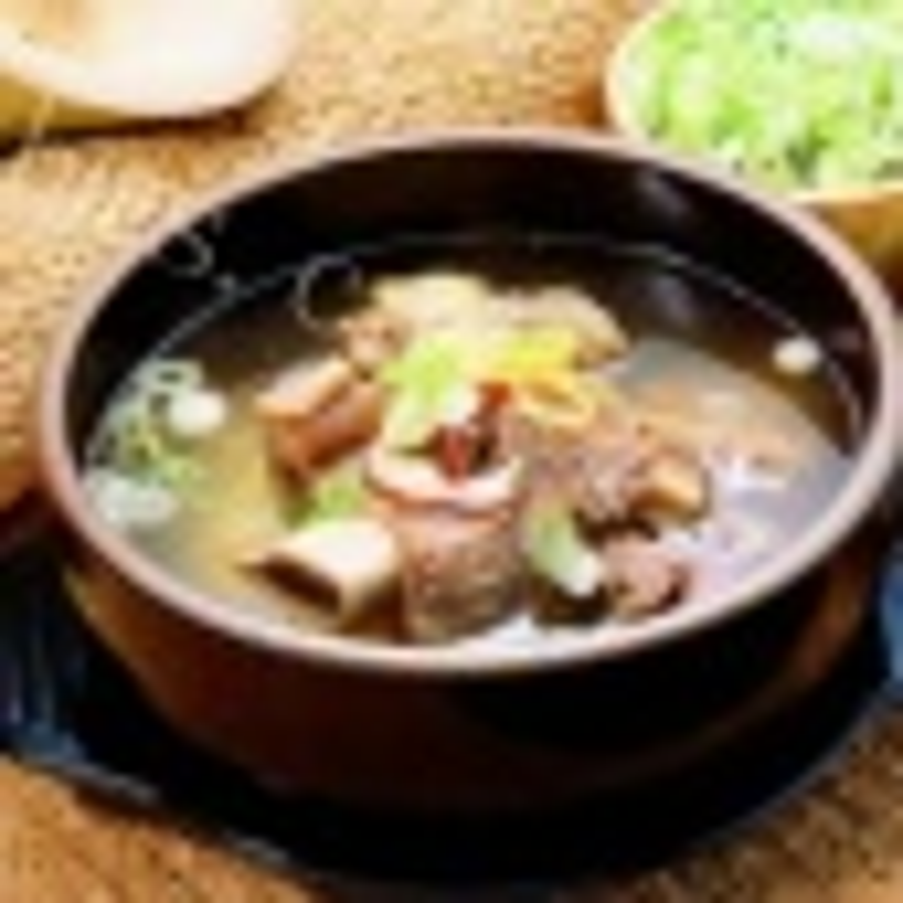 营养的西洋参芡实排骨汤