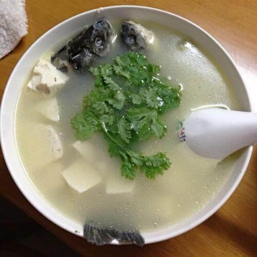 麻辣鲫鱼豆腐汤