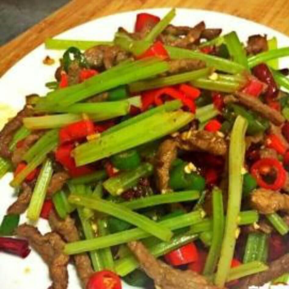 营养的小炒红薯藤
