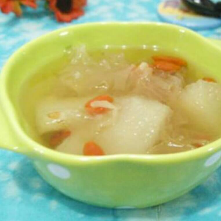 百合雪梨猪手汤