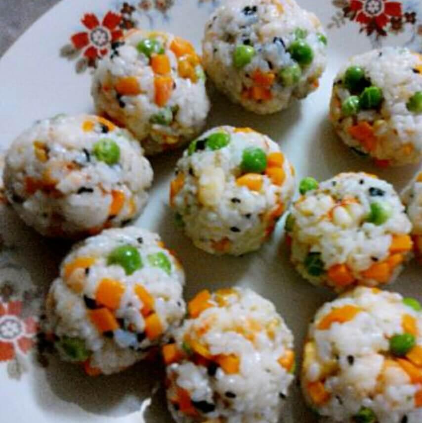 鲜虾糯米什锦饭团