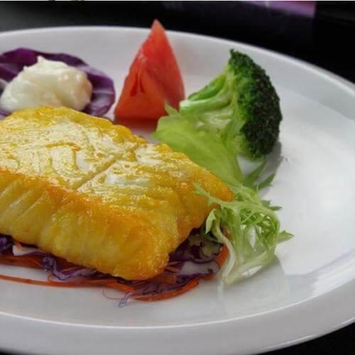银鳕鱼西兰花沙拉