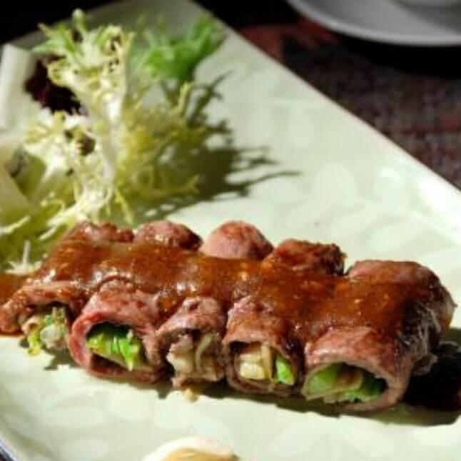 美食记生菜卷牛肉