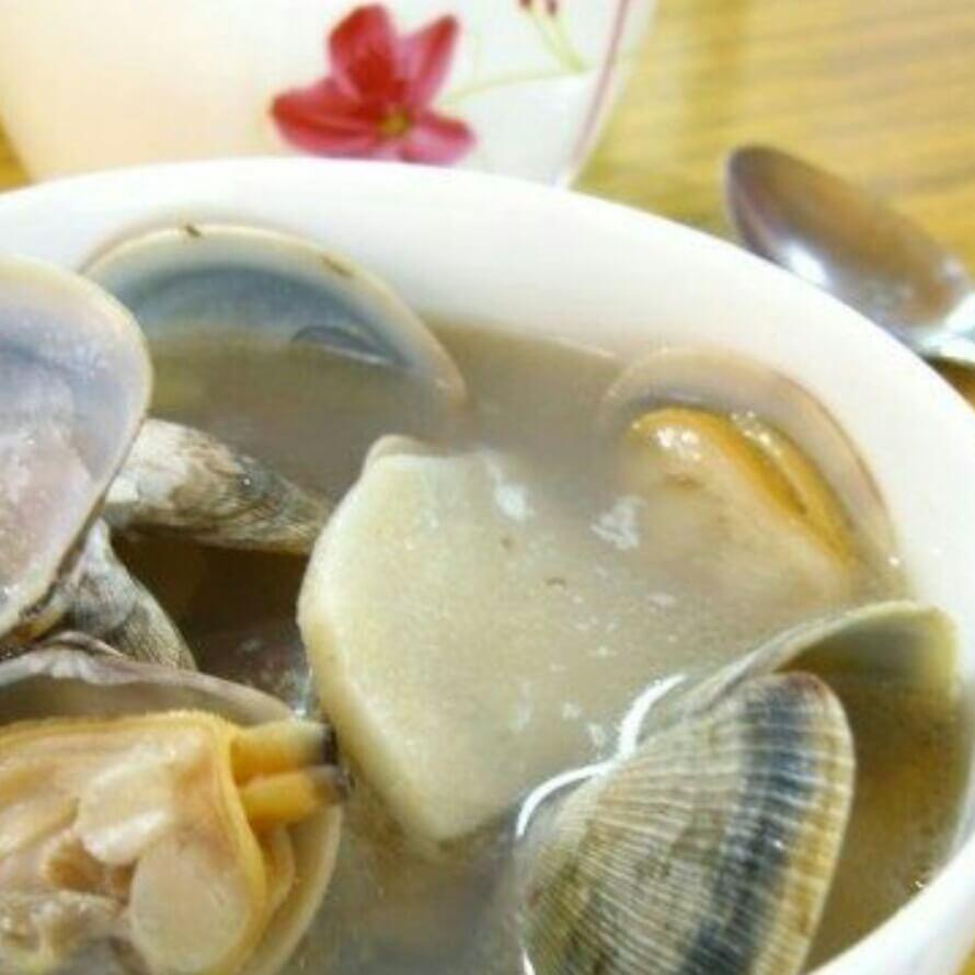 美味花蛤酸笋汤