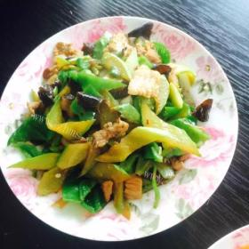 鲜笋炒黄瓜