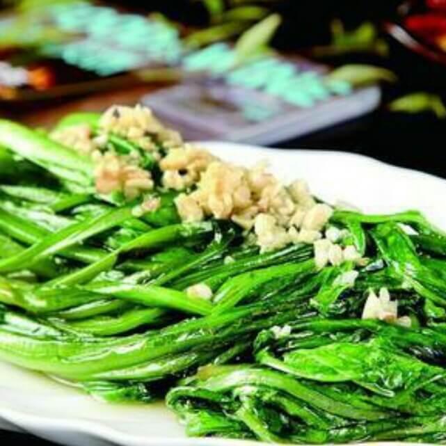 蒜茸莴笋叶