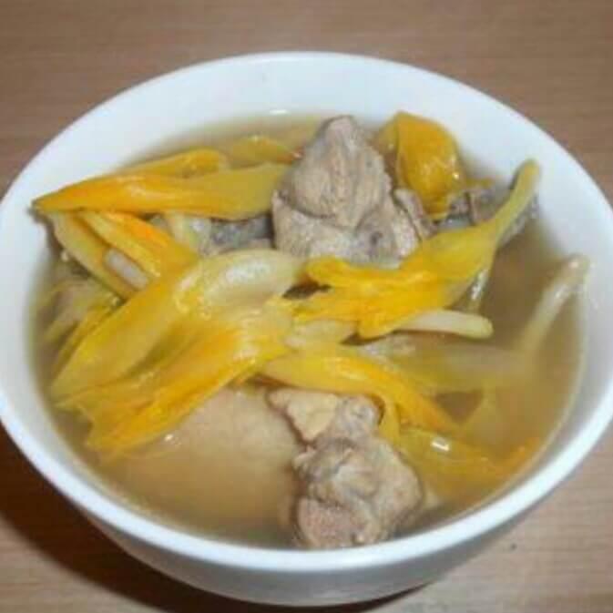 桔皮金针排骨汤