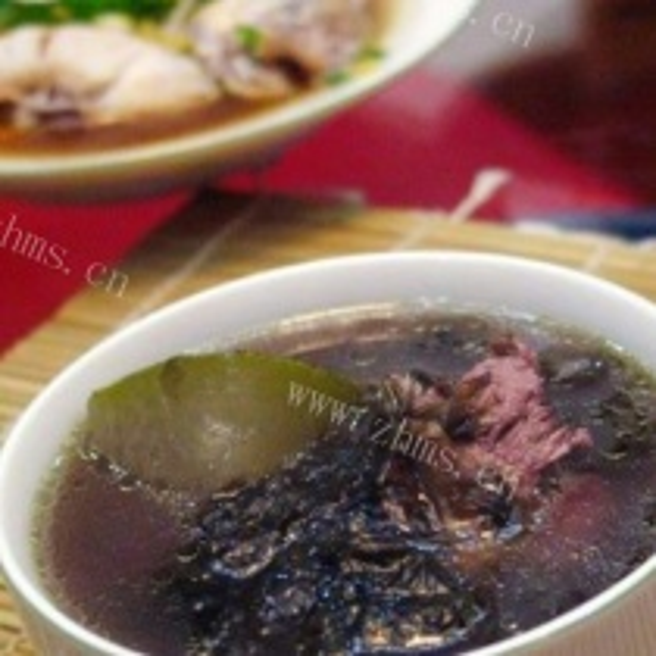 冬瓜紫菜猪骨汤