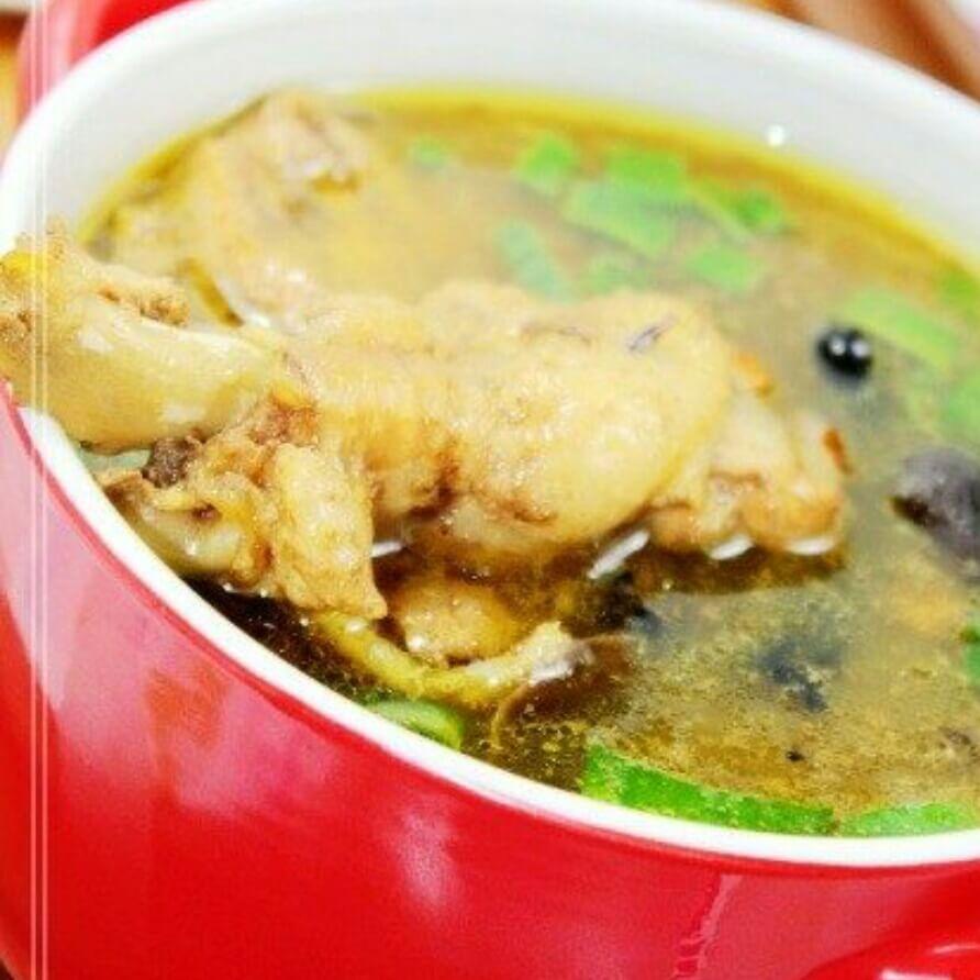 美味的榛蘑炖小鸡