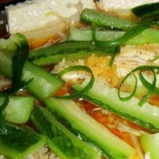 银鱼丝瓜蒸豆腐
