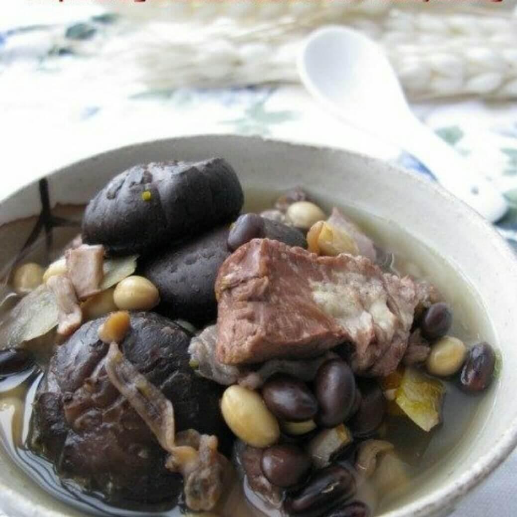排骨菇豆汤