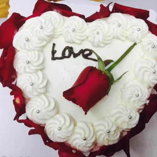 玫瑰荔枝蛋糕