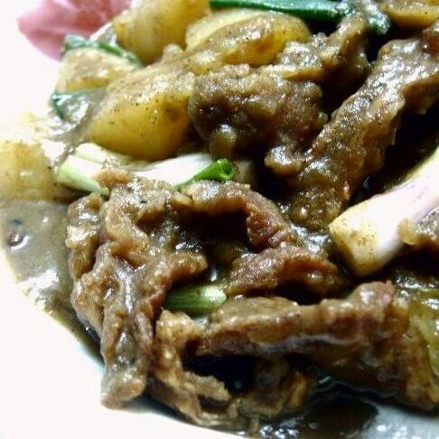 沙茶土豆焖牛腩