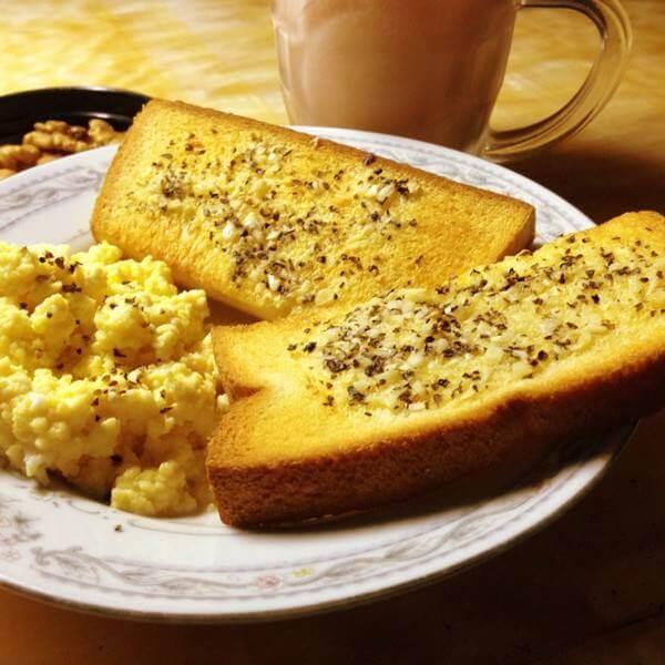 蒜蓉烤面包