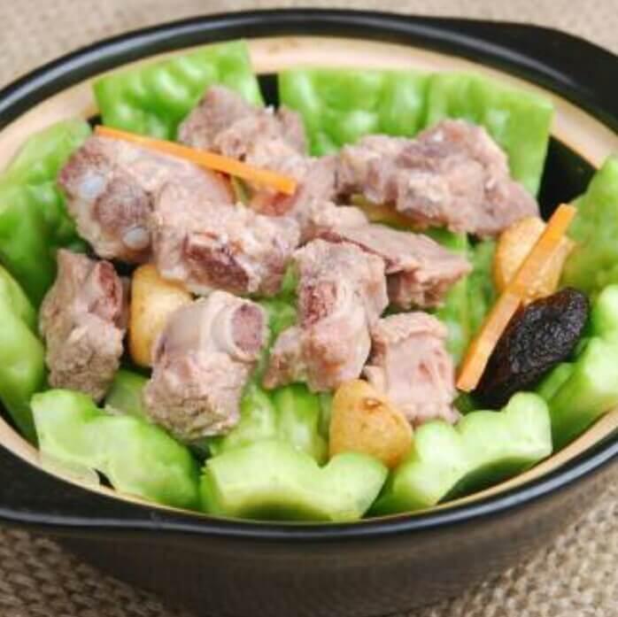 黄豆排骨焖苦瓜