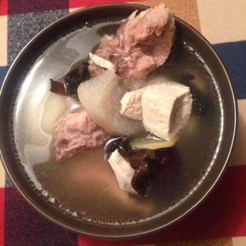 韩式排骨汤