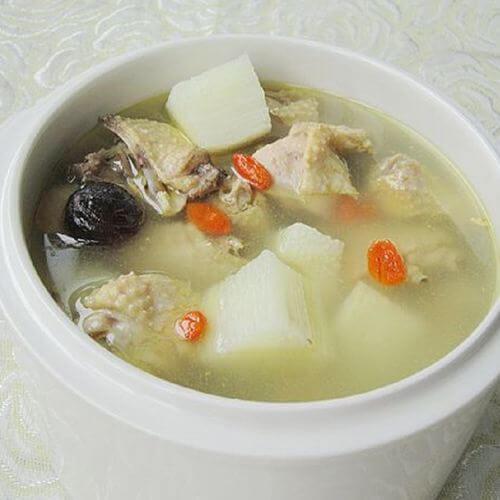 海星杨桃炖瘦肉汤