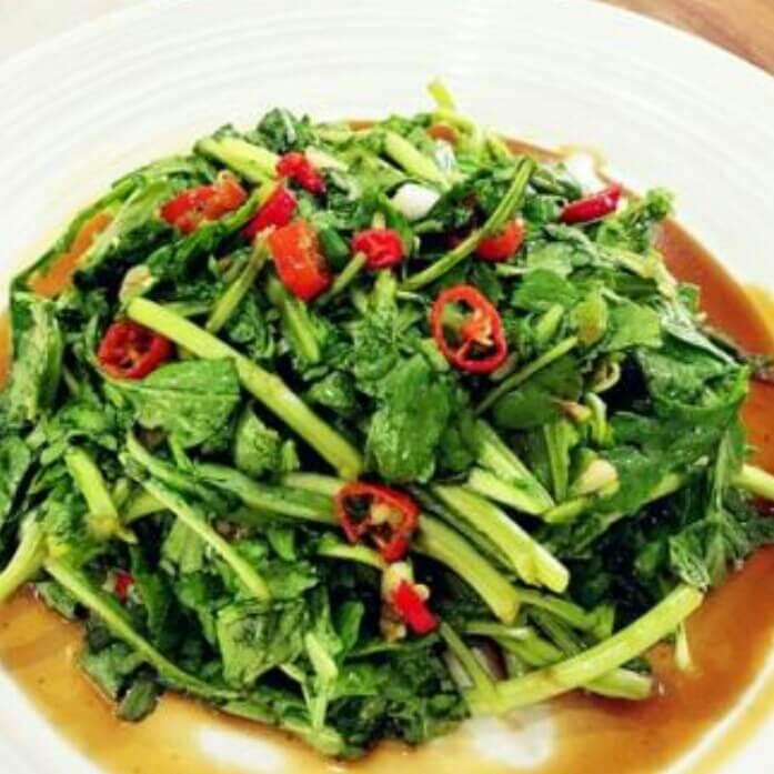 家常菜茼蒿小拌菜