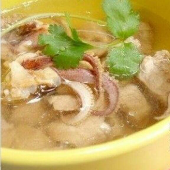 鱿鱼瘦肉汤