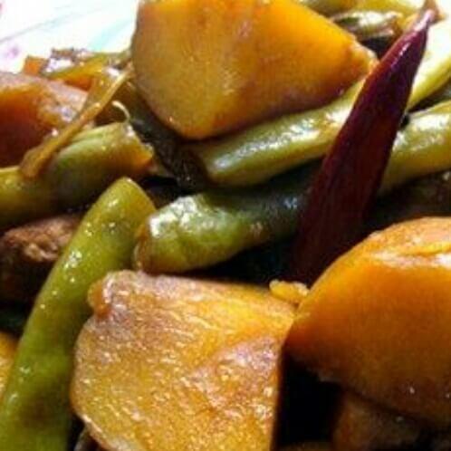 土豆四季豆炖肉