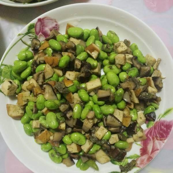 米豆香菇丁