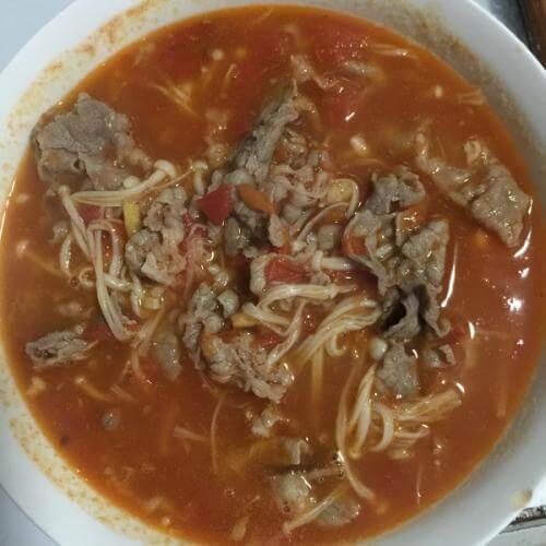 肥牛金针番茄汤