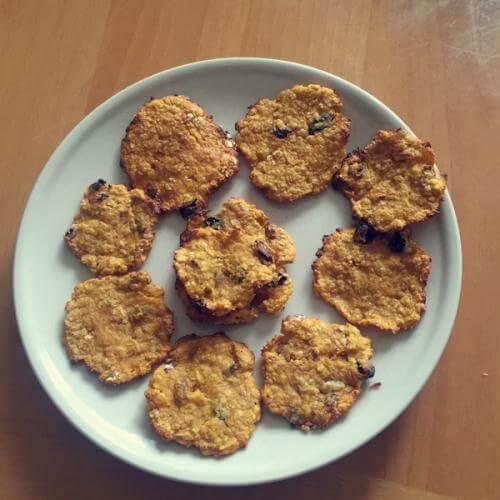 葡萄干燕麦圆饼