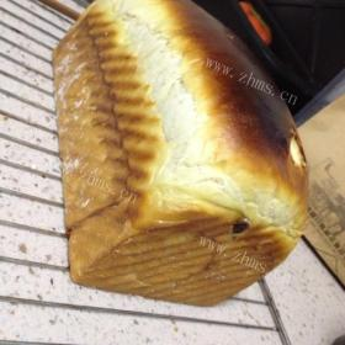 酒香肉桂面包