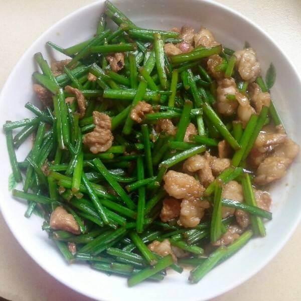 肉丝炒韭苔