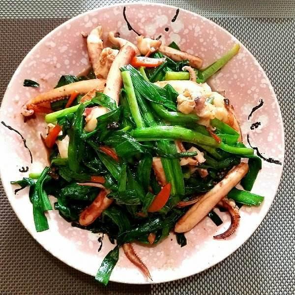 韭菜炒鱿鱼须
