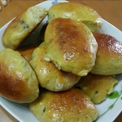 艾草蜜豆面包